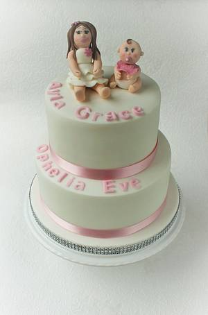 Joint christening cake for sisters - Cake by Candy's Cupcakes