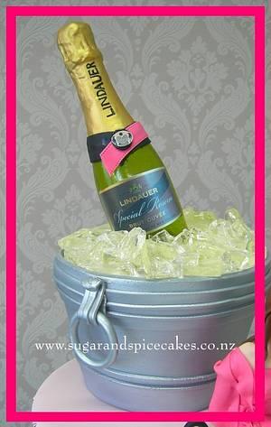 Champagne Cake - Cake by Mel_SugarandSpiceCakes