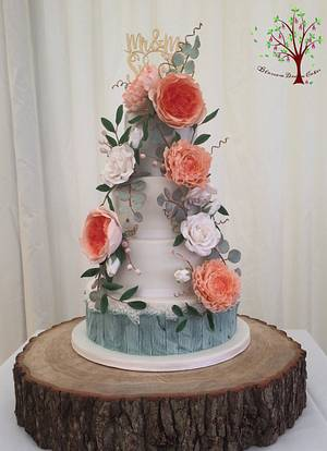 Floral Wedding - Cake by Blossom Dream Cakes - Angela Morris