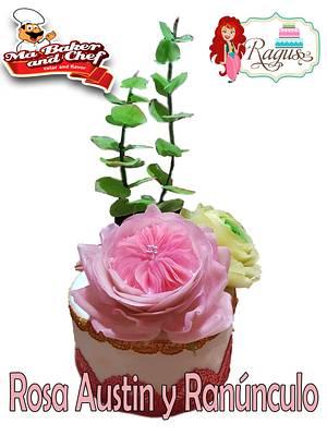 Flores de pasta de arroz - Cake by Rosa Laura Sáenz