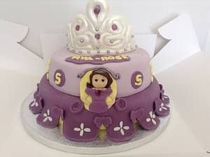 Sofia the first  - Cake by Marie
