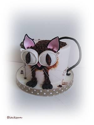 Coffee cat :)  - Cake by Zuzana Kmecova