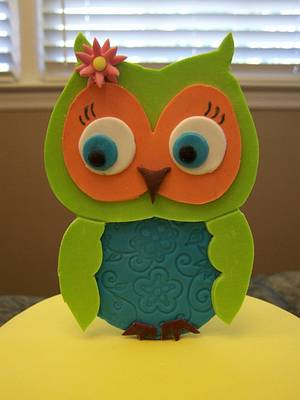 Owl for 13 - Cake by Theresa