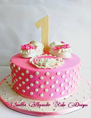 Baby pink birthday cake - Cake by Savitha Alexander