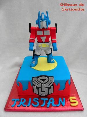Optimus Prime - Transformers - Cake by Gâteaux de Chrisouille
