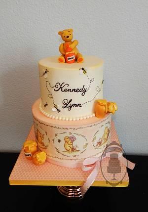Classic Winnie the Pooh - Cake by Olga