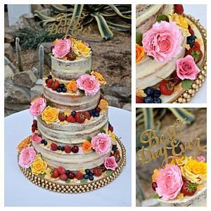 Rustic charm - Cake by Rebecca Grace