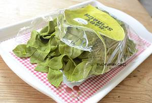 Bag of Baby Spinach - Cake by Imaginarium Cakes