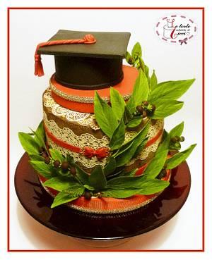 """University graduation cake - Cake by """"Le torte artistiche di Cicci"""""""