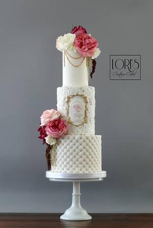Romantic wedding - Cake by Lori Mahoney (Lori's Custom Cakes)