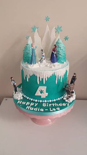 Frozen cake - Cake by My Darlin Cakes