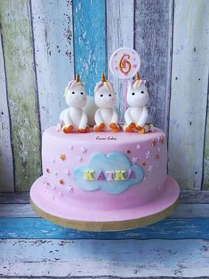 Unicorns ❤ - Cake by Kmeci Cakes