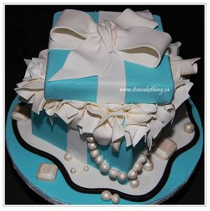 Tiffany Inspired Box & Jewels  - Cake by It's a Cake Thing