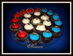 Super Bowl Cupcakes - Cake by Slice of Sweet Art