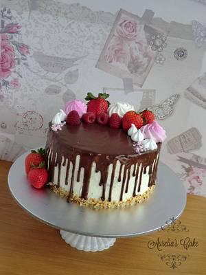 Chocolate drip and meringue cake - Cake by Aurelia's Cake