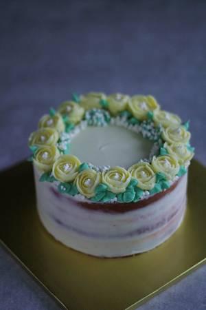 freesia buttercream flower cake  - Cake by fantasticake by mihyun