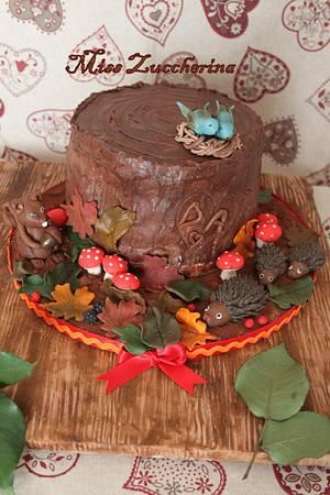Autumn is here - Cake by Miss Zuccherina cake designer