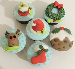 Christmas Collection - Cake by Shereen