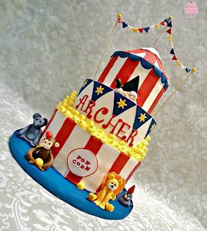 Circus/Top Hat Cake - Cake by YB Cakes and More