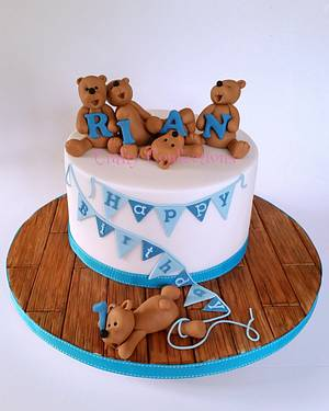 Teddy bears and bunting 1st birthday cake - Cake by Craftyconfections