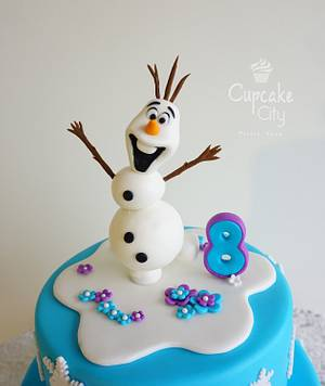 Olaf topper - Cake by CupcakeCity