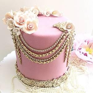 Love  - Cake by Shafaq's Bake House