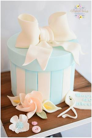 Hat Box cake - Cake by Dollybird Bakes
