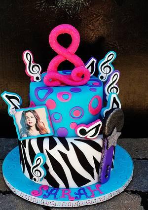 Selena Gomez Music Cake - Cake by Enza - Sweet-E