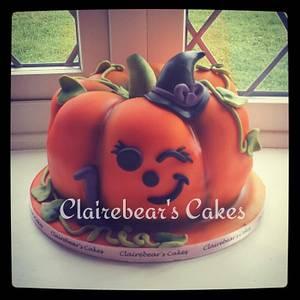 1st birthday pumpkin - Cake by ClairebearsCakes
