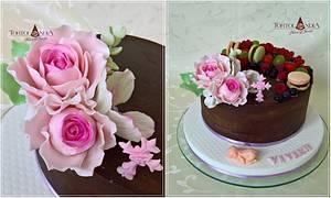 Christening cake for Vivien - Cake by Tortolandia