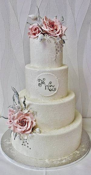 Frosted winter wedding cake - Cake by Sannas tårtor