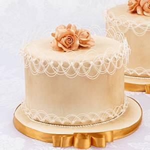 Delicate Oriental String-Work - Cake by Bobbie