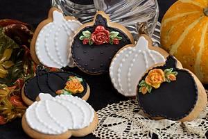 Fall Pumpkins - Cake by Angellove's Bakery