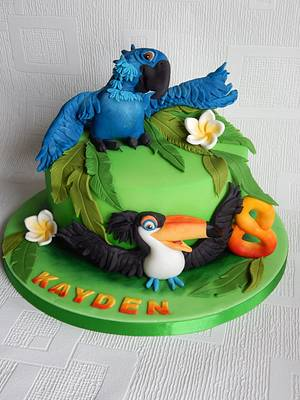 Rio Bird cake - Cake by Elizabeth Miles Cake Design