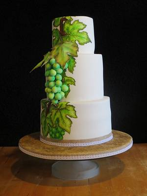 Grapevine wedding cake - Cake by Mandy