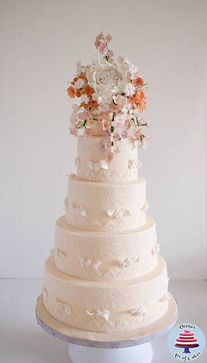 Ivory Lace Wedding  - Cake by Veenas Art of Cakes