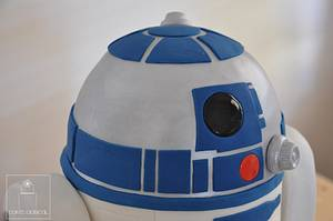 R2D2 - May the 40th Be with you! - Cake by Cakeadaisical