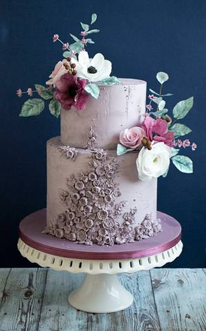 Wedding cake in purple - Cake by Vanilla & Me