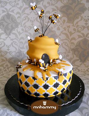 For a Beekeeper - Cake by Mnhammy by Sofia Salvador