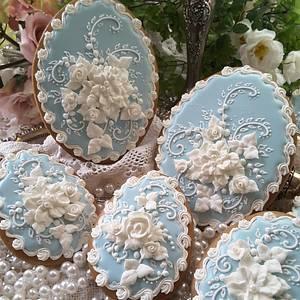 Wedgewood-ish Cookies - Cake by Teri Pringle Wood