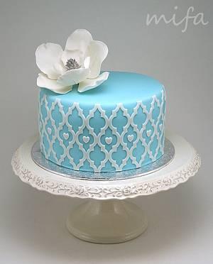 Blue Cake with Magnolia - Cake by Michaela Fajmanova