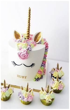 Unicorn Cake  - Cake by Sylwia Jozwiak