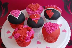 Valentines Cupcakes - Cake by CupcakesbyLouise