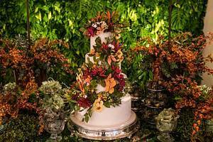 Wedding Cake and Tropical sugar flowers - Cake by Carol Pato