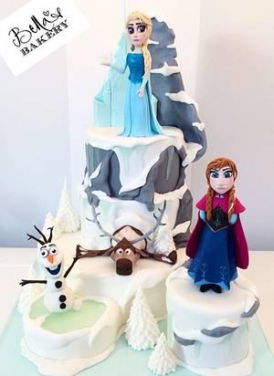 Frozen-mania - Cake by Bella's Bakery