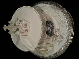 White, pearls and bling Christening cake - Cake by MarciaSG
