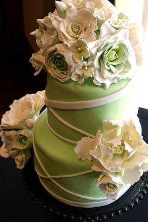 First REAL wedding cake - Cake by Danika