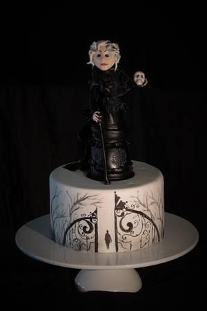Dark Forest Widow - Cake by Cristina Arévalo- The Art Cake Experience