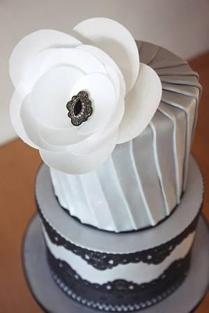 1920's inspired wedding cake - Cake by Edible Essence Cake Art