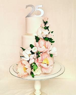 Silver anniversary cake - Cake by The Hot Pink Cake Studio by Ipshita
